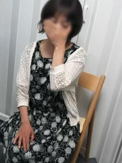 ななこ イキぬき倶楽部(待ち合わせ型人妻デリヘル)