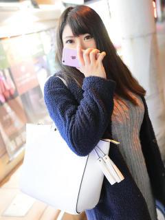 恭子(きょうこ) ウルトラのB乳 大阪店(訳有りぽっちゃり巨乳デリヘル)
