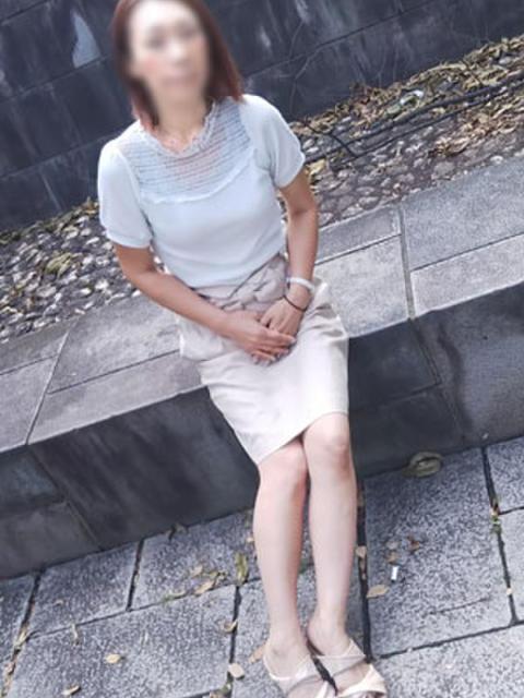 けい イキぬき倶楽部(待ち合わせ型人妻デリヘル)