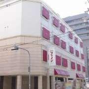 ファインガーデン十三(大阪市/ラブホテル)の写真『朝の外観②』by マーケンワン