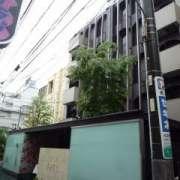 AROMA BARU(アロマバル)(豊島区/ラブホテル)の写真『昼の外観』by スラリン