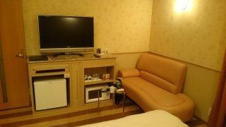 ホテルマーブル(品川区/ラブホテル)の写真『502号室:ベッドから』by うるるん