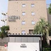 NOON(ヌーン)(川口市/ラブホテル)の写真『朝の外観①』by マーケンワン