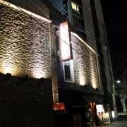 リオス五反田(品川区/ラブホテル)の写真『夜の外観2』by スラリン