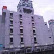 ホテル ウィズ(相模原市/ラブホテル)の写真『昼間の外観』by 郷ひろし(運営スタッフ)
