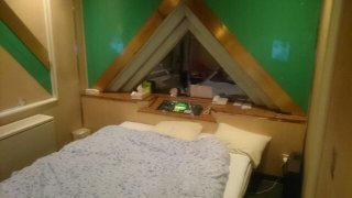 (削除か閉店)ホテル ルイシャンティ(姫路市/ラブホテル)の写真『205号室ベッド』by お姉さん大好き