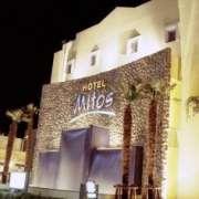 HOTEL Mitos(ミトス)(厚木市/ラブホテル)の写真『ホテル外観(ホテル関係者より情報局にご送付いただいた写真です)』by 郷ひろし(運営スタッフ)