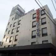 ホテルシティ(立川市/ラブホテル)の写真『昼の外観』by スラリン