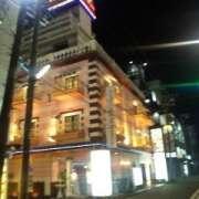 カサ・デ・フランシア(横浜市中区/ラブホテル)の写真『夜の外観』by 郷ひろし(運営スタッフ)