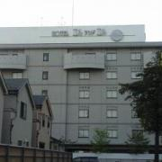 エルアンドエル大宮REVE(さいたま市北区/ラブホテル)の写真『昼の外観  南側より望む』by ルーリー9nine