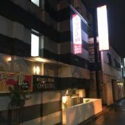 ホテル大山(新宿区/ラブホテル)の写真『夜の外観』by 子持ちししゃも