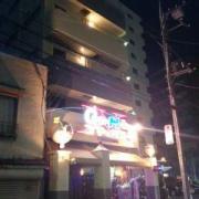 ゴマックス(横浜市中区/ラブホテル)の写真『夜の外観(正面)』by ましりと