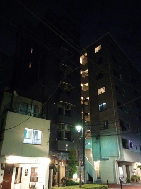 (削除か閉店)ホテルピア(北区/ラブホテル)の写真『夜の外観1』by ましりと
