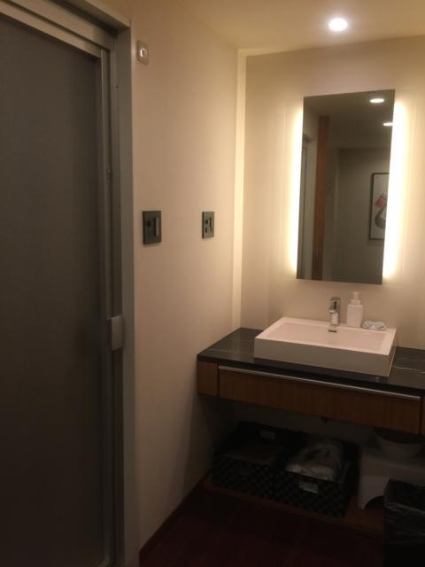 HOTEL UNO(ウノ)(川口市/ラブホテル)の写真『401号 洗面所』by 遊びマン