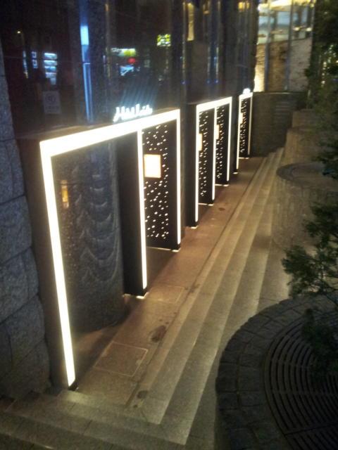 LISTO(リスト)(新宿区/ラブホテル)の写真『入口付近(夜)②』by 少佐