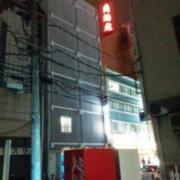 HOTEL ING(横浜市中区/ラブホテル)の写真『夜の外観5(裏側)』by ましりと