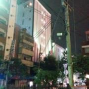 ドルチェ(横浜市中区/ラブホテル)の写真『夜の外観2』by ましりと