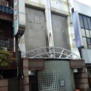 すいこう苑(新宿区/ラブホテル)の写真『昼の外観  入口周辺』by ルーリー9nine
