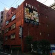 サンマリーン(横浜市中区/ラブホテル)の写真『昼の外観5』by ましりと