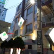 HOTEL STATION(ホテルステーション)七番館(台東区/ラブホテル)の写真『外観(夕方)②』by 少佐