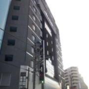 HOTEL THE SCENE(ザ・シーン)(横浜市港北区/ラブホテル)の写真『外観(夕方)①』by 少佐