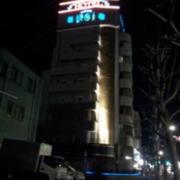 ホテルノイ(江戸川区/ラブホテル)の写真『夜の外観⑤』by 少佐