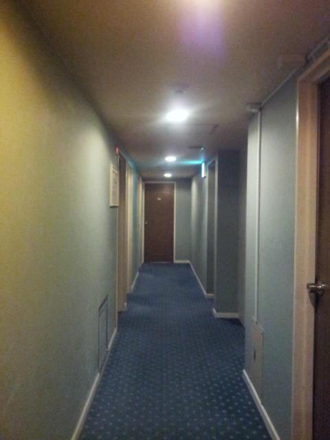 ジロー(新宿区/ラブホテル)の写真『2階の廊下①』by 少佐