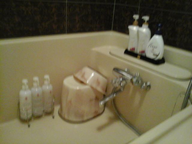 目黒エンペラー(目黒区/ラブホテル)の写真『702号室浴室洗い場近影』by ルーリー9nine