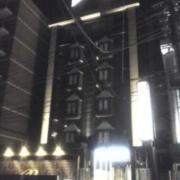 リフレイン(豊島区/ラブホテル)の写真『夜の外観  正面建物全景』by ルーリー9nine