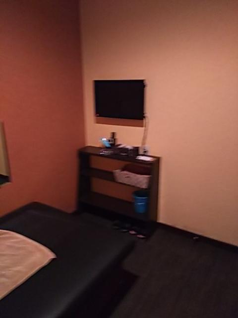 プチホテル AGAIN(荒川区/ラブホテル)の写真『303号室 中から入り口側』by 巨乳輪ファン