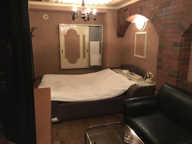 ミンク町田(相模原市/ラブホテル)の写真『(206号室)部屋全体』by こーめー