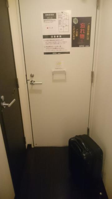 HOTEL UNO(ウノ)(川口市/ラブホテル)の写真『103号室 玄関』by でこた