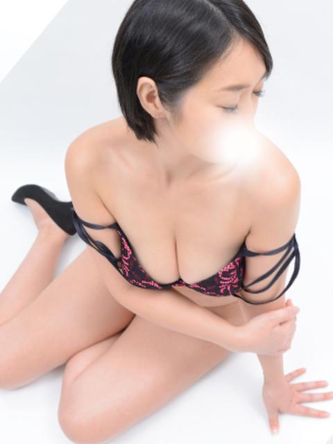 深田 東京美人妻(人妻デリヘル)