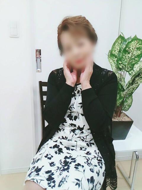藤 おふくろ(人妻デリヘル)