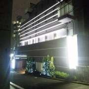 ホテル拾番館(じゅうばんかん)(全国/ラブホテル)の写真『昼間の外観』by 郷ひろし(運営スタッフ)