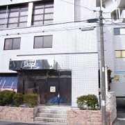m-skip(えむすきっぷ)(全国/ラブホテル)の写真『昼の入り口(南から)』by ホテルレポったー