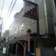 R-25(全国/ラブホテル)の写真『昼間の外観』by 郷ひろし(運営スタッフ)