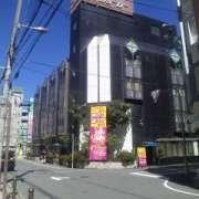 Q&P(キューアンドピー)(全国/ラブホテル)の写真『昼間の外観』by 郷ひろし(運営スタッフ)