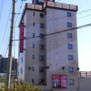 ホテル デュオ(全国/ラブホテル)の写真『昼の外観(北西から)』by ホテルレポったー