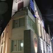 ヴィラジュリア道玄坂(全国/ラブホテル)の写真『夜の外観2』by スラリン
