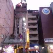 HOTEL24(全国/ラブホテル)の写真『夕方の外観』by 郷ひろし(運営スタッフ)