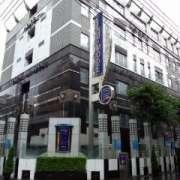 ラモード新宿(全国/ラブホテル)の写真『昼の外観』by ごえもん(運営スタッフ)