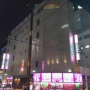 HOTEL SARA sweet(サラスイート)(全国/ラブホテル)の写真『昼の外観(南西から)』by ホテルレポったー