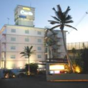HOTEL Carib(カリブ)(全国/ラブホテル)の写真『昼の外観』by すももももんがー