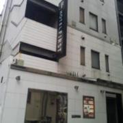 ホテルFirst(全国/ラブホテル)の写真『外観(夕方)』by 少佐