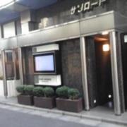 サンロード(全国/ラブホテル)の写真『昼の入口  東側全景』by ルーリー9nine