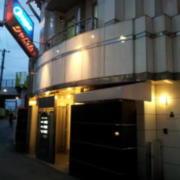 シャルム鶯谷2(全国/ラブホテル)の写真『入口の雰囲気(夕方)②』by 少佐