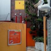 エルス(全国/ラブホテル)の写真『右側入口アプローチ』by ルーリー9nine