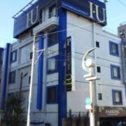 ホテル IU(全国/ラブホテル)の写真『外観(朝)①』by 少佐