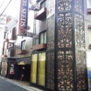 シーズ鶯谷(全国/ラブホテル)の写真『外観(朝)①』by 少佐